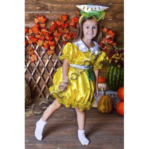 Желтое платье со звездой